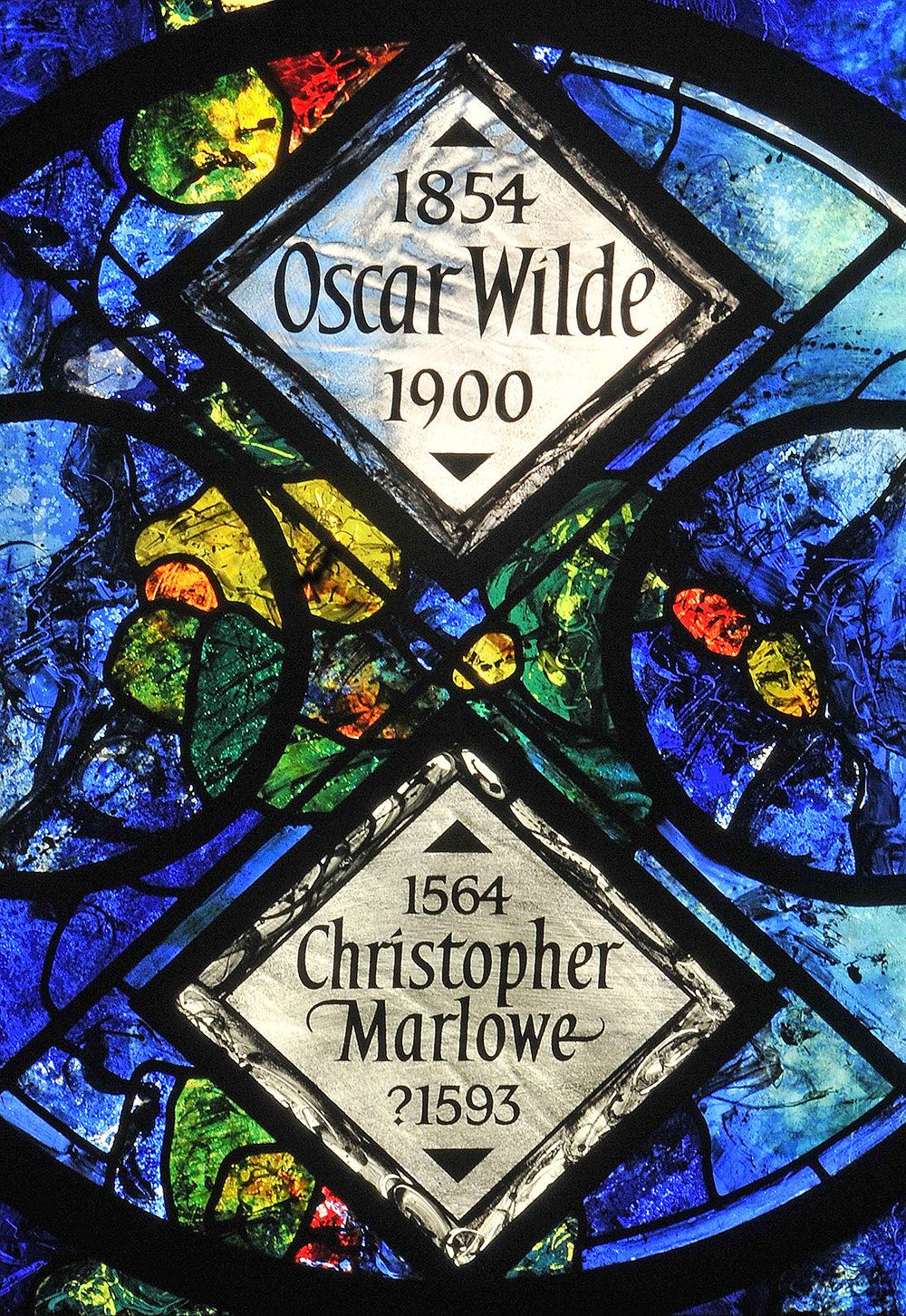 memorial-window-oscar-wilde-christopher-marlowe